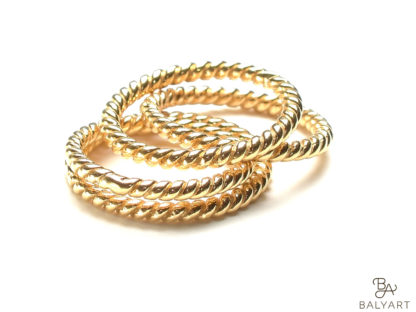 Ring_gedreht_Gold