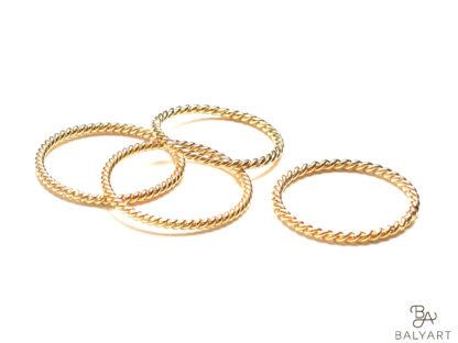 Ring_gedreht_fein_Gold